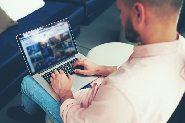 Taśmy z nadrukiem w e-biznesie