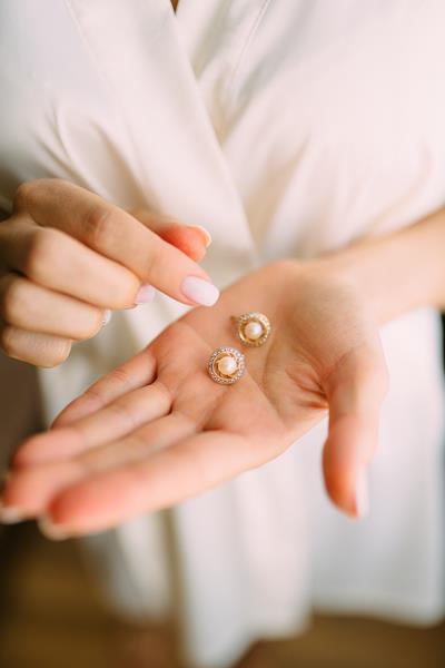 Biżuteria z pereł - co warto o niej wiedzieć?