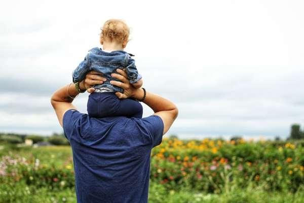 Zastanawiasz się nad wykupieniem ubezpieczenia na życie? Sprawdź, kiedy zdecydowanie warto po nie sięgnąć