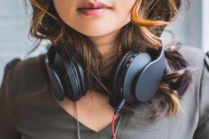 Dlaczego warto kupić słuchawki?
